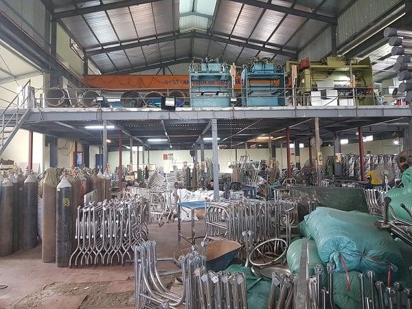 Tham quan xưởng sản xuất bàn ghế inox Nhật Tân